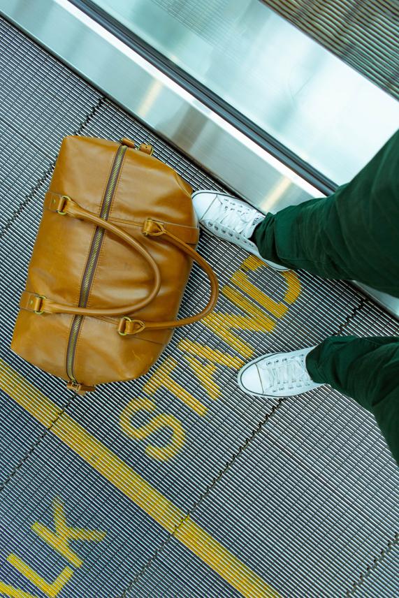 equipaje pasajero en aeropuerto